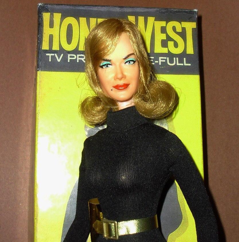 Honey West first head version