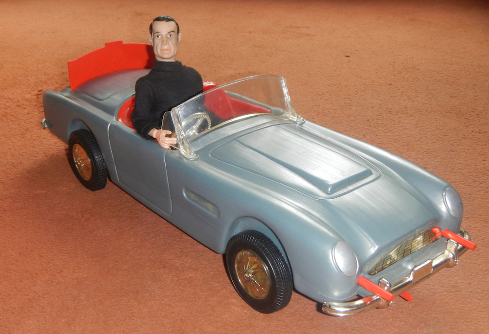 Rare Bond car sold by Irwin
