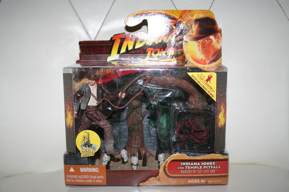 2008 Mola Ram Indiana Jones Temple of Doom 3 3//4 Action Figure by Hasbro